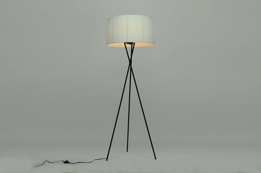 Modern black metal tripod base floor lamp white shade for Tripod floor lamp silver base white shade